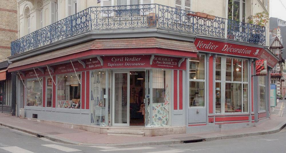 Artisan Tapissier Decorateur En Normandie Paris A Trouville